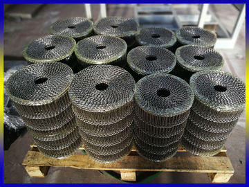 China Chocolate Baking Flat Flex Stainless Steel Wire Mesh Conveyor Belt Air Permeability supplier